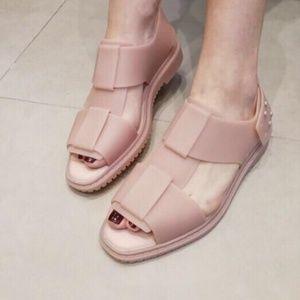 Melissa beach sandals - light pink EUC ;)
